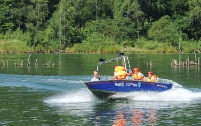 Prázdninový kolotoč na Kališčovém jezeře v Šunychlu 22.07.2016